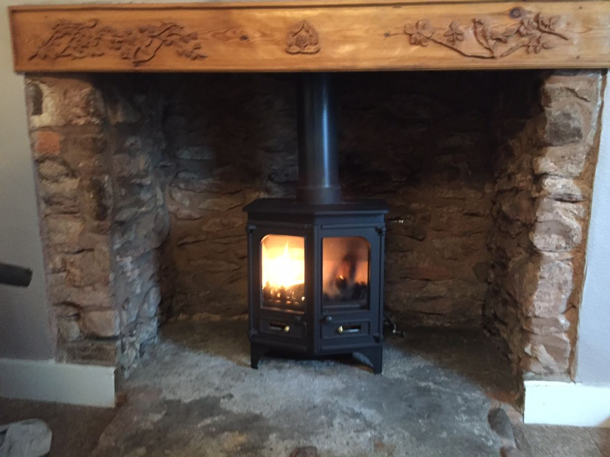 Installation of Charnwood Country 6 Woodburner