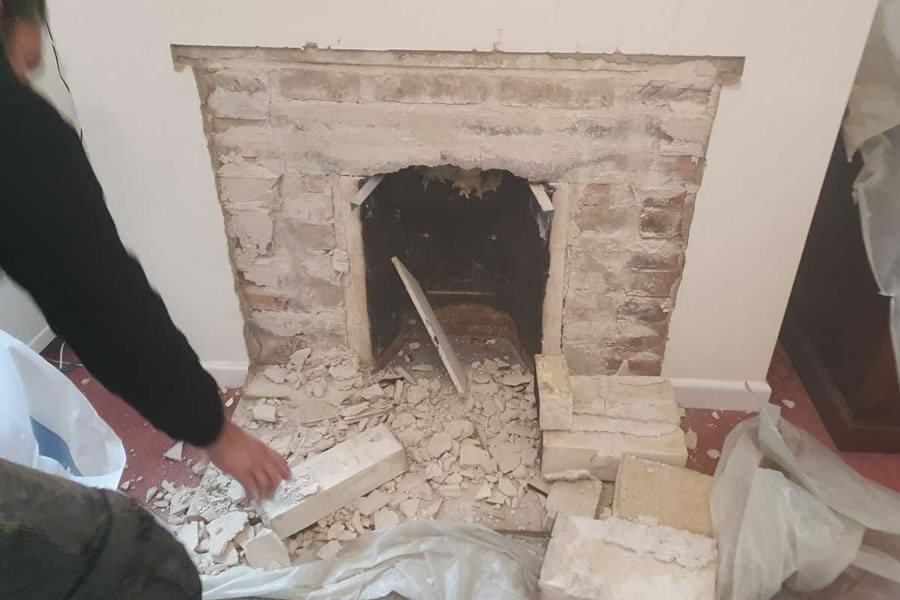 Installation of ACR Tenbury T400 inset woodburner in North Curry, near Taunton Before